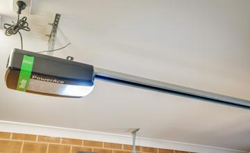 Garage Doors Installation & Repairs in Albury & Wodonga - eGarage ...